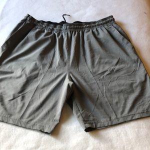 Zella men shorts size L